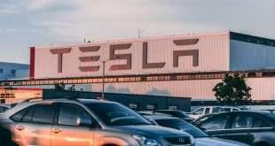 Стоит ли вкладывать в акции компании Tesla, что происходит с электромобилями?